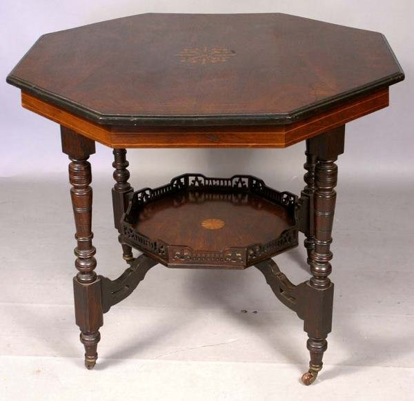 24: 19TH CENTURY ROSEWOOD PARLOR TABLE