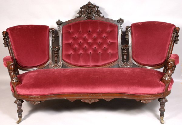 89: 19TH CENTURY VICTORIAN WALNUT UPHOLSTERED SOFA