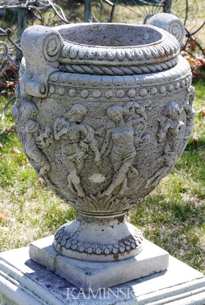 1013: Greek Urn or Planter