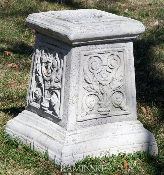 1071: French Style Floral Pedestal