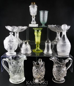 9015: Collection of 12 Pieces of Glass