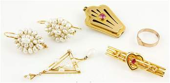 9205 Lot of 14K Gold Jewelry