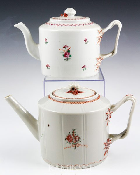 3009: Two Chinese Export Teapots