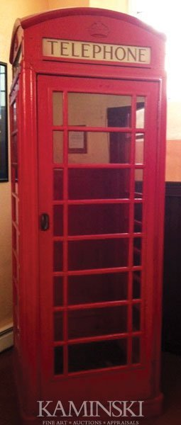 3023: English Red Telephone Booth