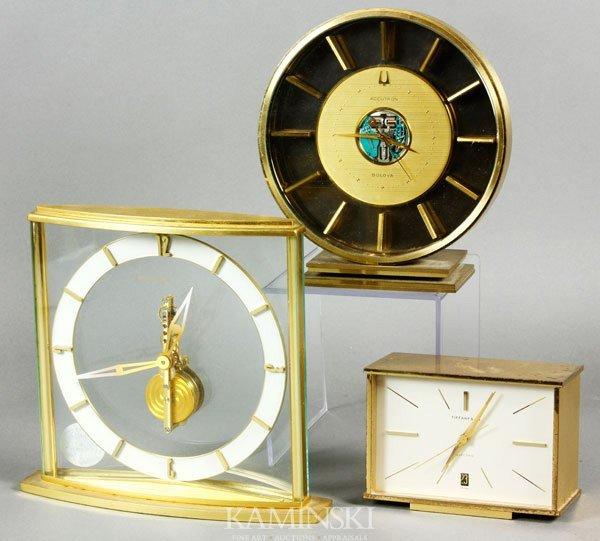 4316: 3 Modern Clocks