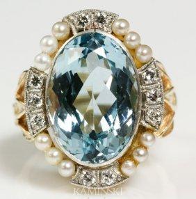 3005: Ladies Aquamarine and Diamond Ring