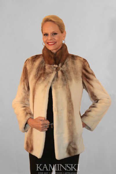 1009: Mink Reversible Jacket with Sable