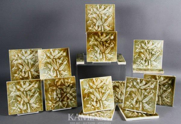 5020: 12 Leaf Motif Tiles