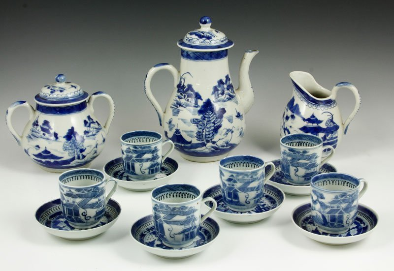 Chinese Export Porcelain Coffee Set