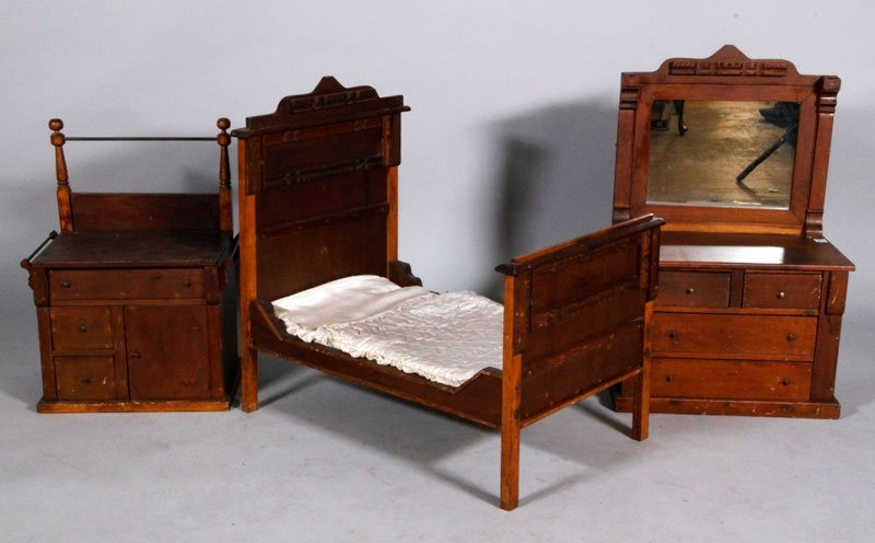 Victorian Eastlake Doll Furniture