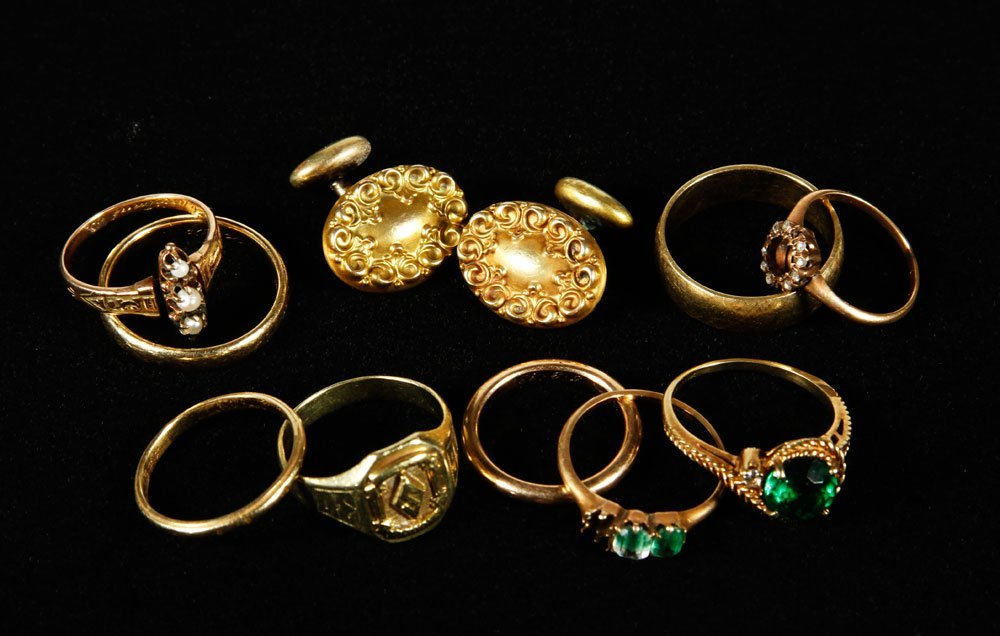Lot of 10K and 14K Gold Jewelry