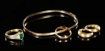 Ladies Emernad and Diamond Jewelry