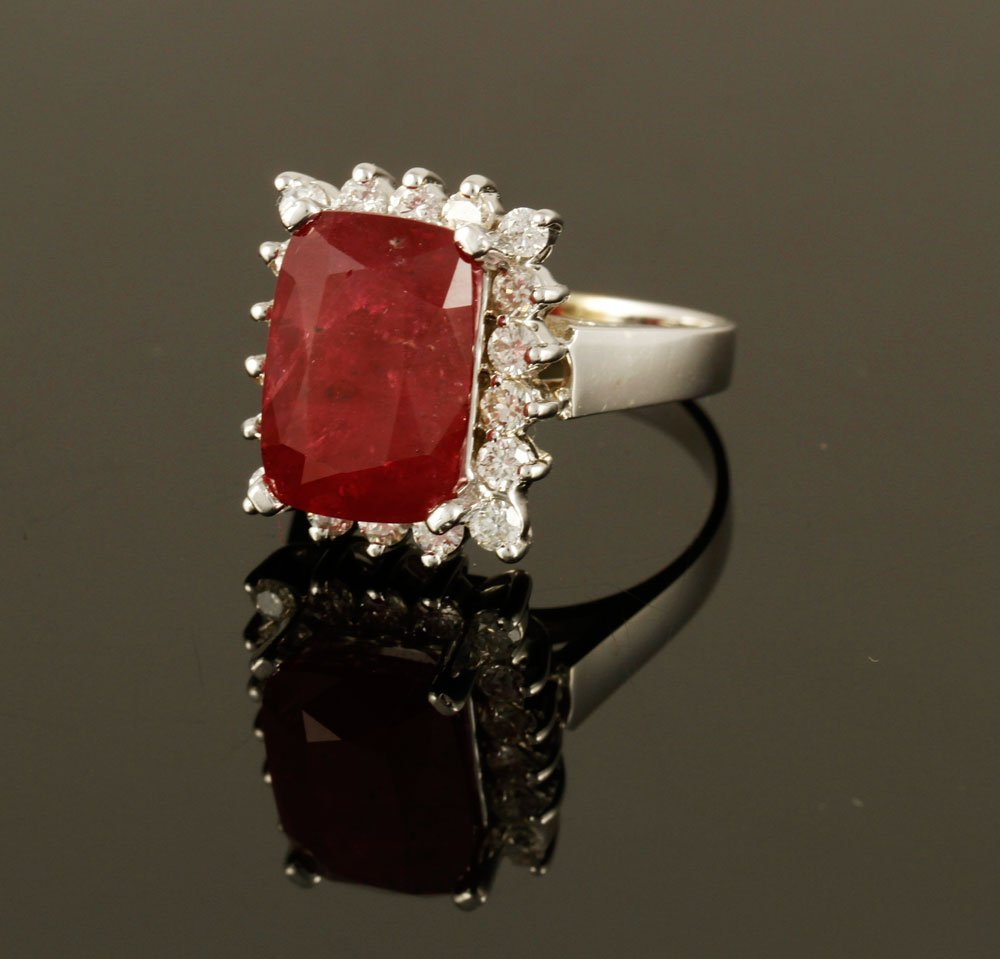 18K Gold, Diamond and Ruby Ring