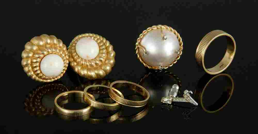 Assorted 14K Gold Collection