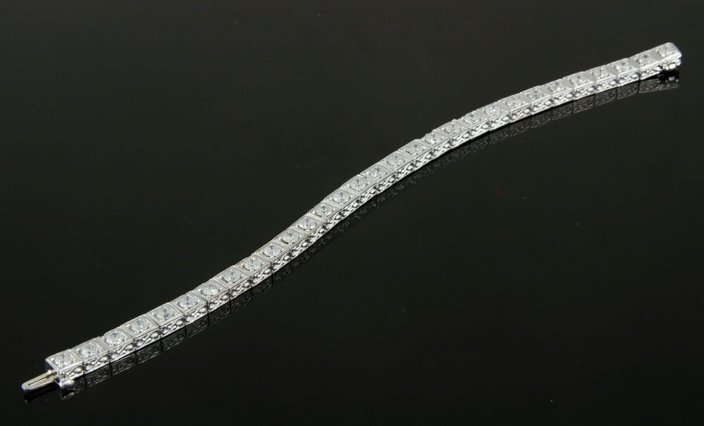 18K White Gold and Diamond Bracelet - 2