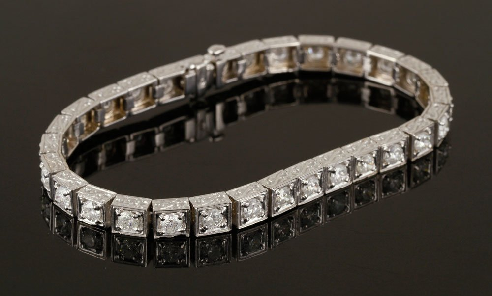 18K White Gold and Diamond Bracelet - 7