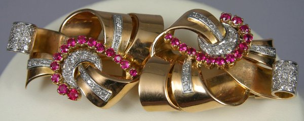 12A: LADIES RETRO 15KT RUBY AND DIAMOND DUET PIN