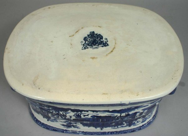 1464: 20TH C. BLUE AND WHITE IRONSTONE FOOTBATH - 3