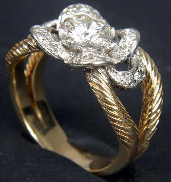 2012: 14KT C1950 RING, .75 CT DIAMOND / 1 CTW ACCENTS