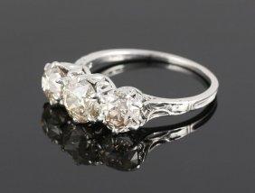 Ladies' Diamond And Platinum Ring