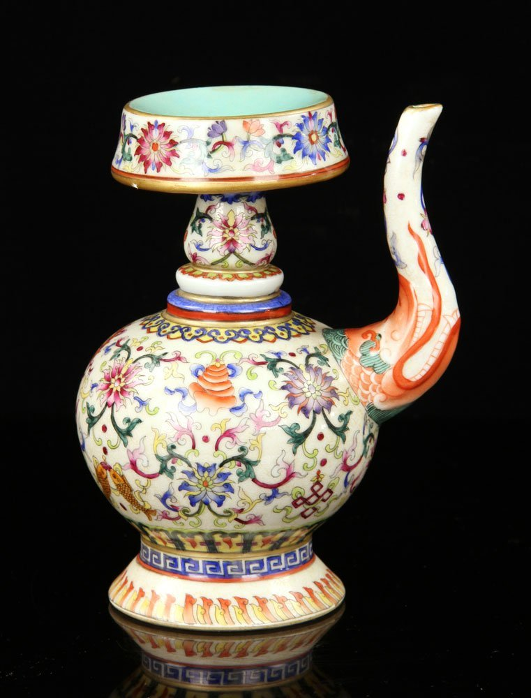 Chinese Famille Rose Porcelain Wine Pot