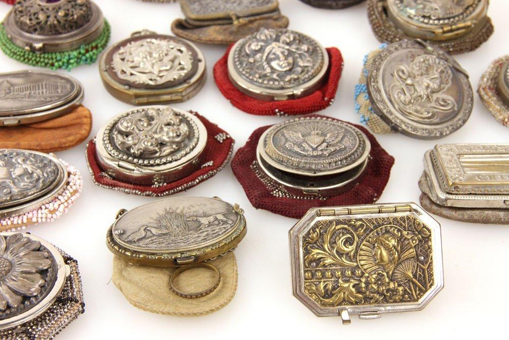 31 Vintage Coin Purses - 3