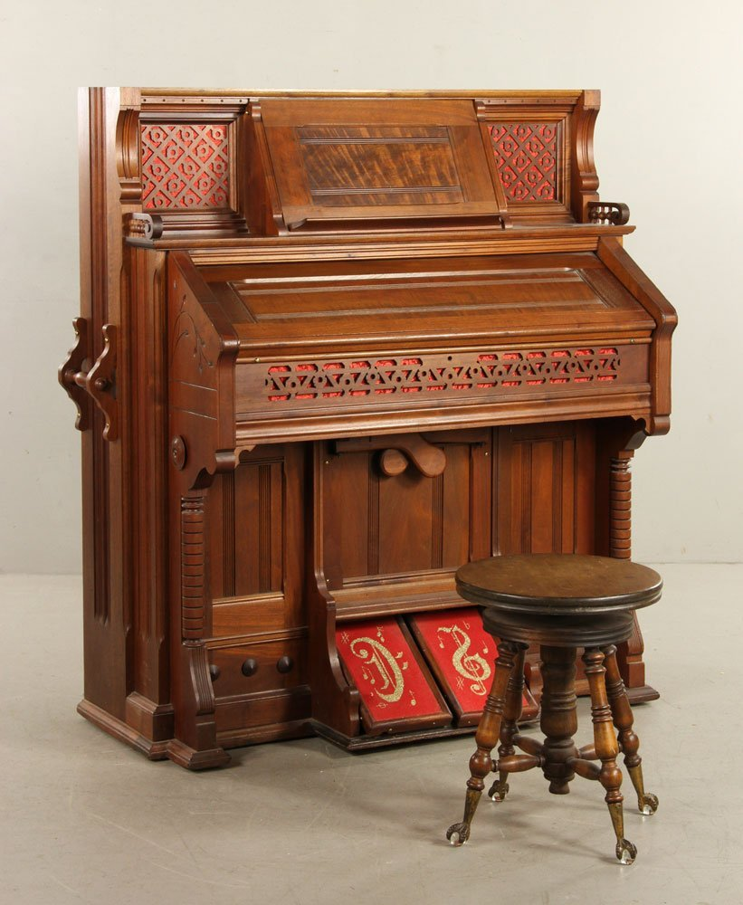 Kimball Victorian Walnut Pump Organ