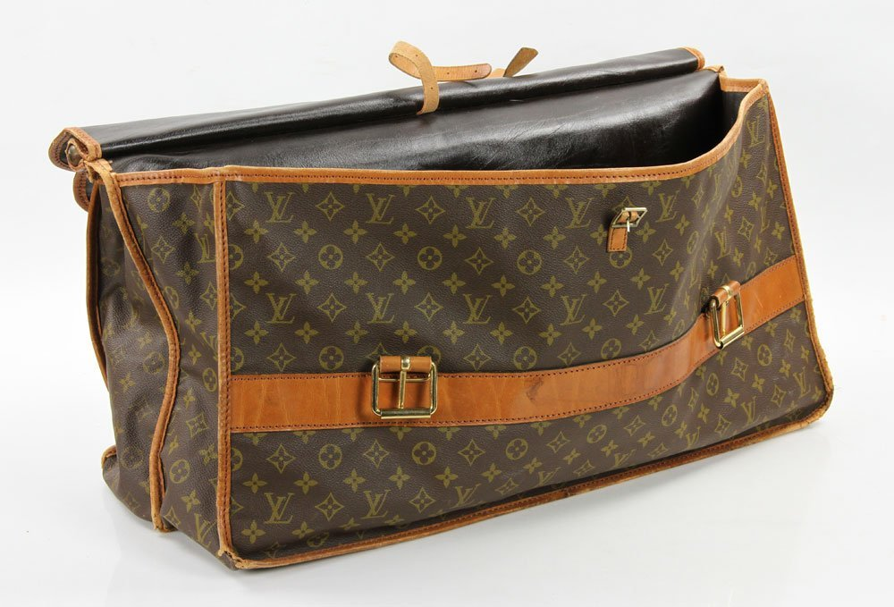 Louis Vuitton Monogram Hunting Bag - 3