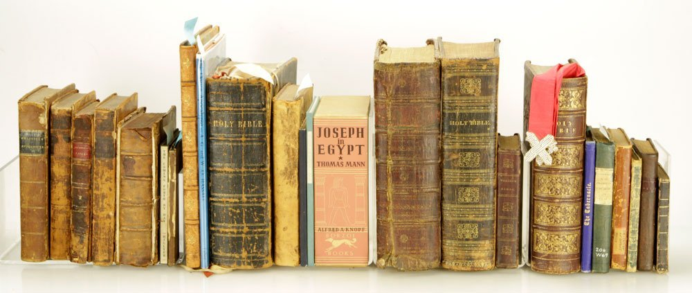 25 Religious Books