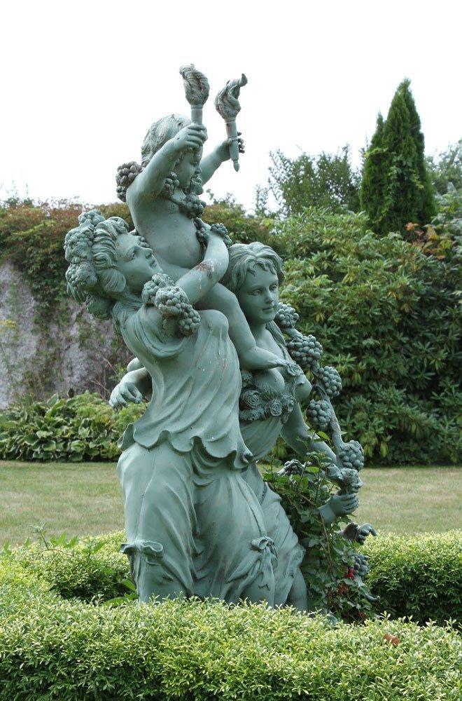 Classical Metal Garden Sculpture - 3