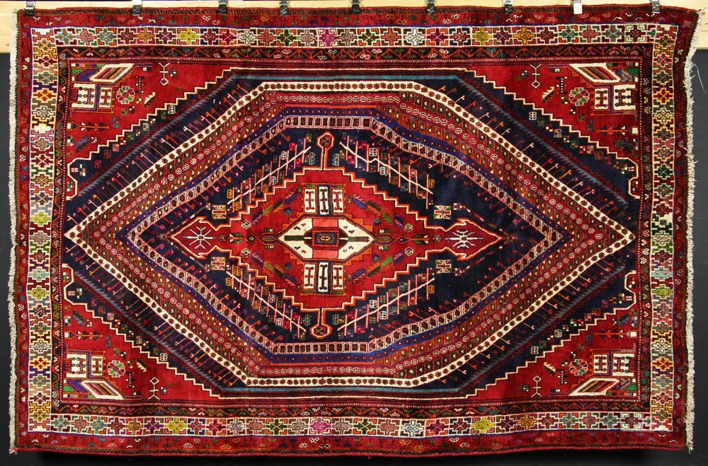 Semi Antique Qashqai Carpet