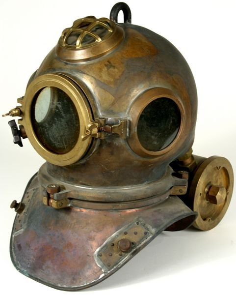 3053: RARE Heinke-Siebe Gorman Diving Helmet C. 1950 - 3
