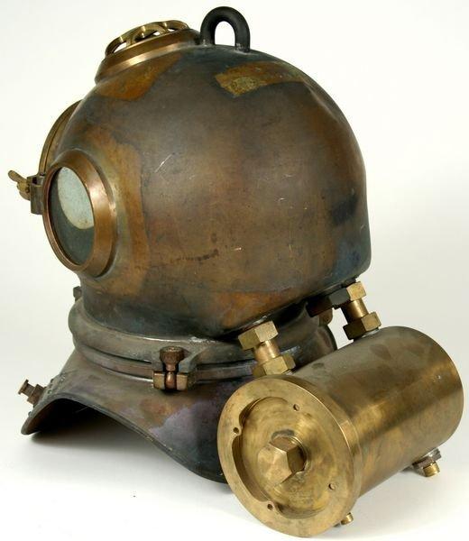 3053: RARE Heinke-Siebe Gorman Diving Helmet C. 1950 - 4