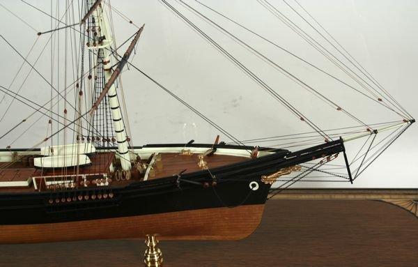 4018: 20th C.Model Boston Clipper Sovereign of the Seas - 3