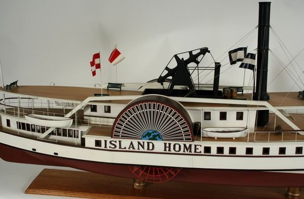 4067: 20th C. Model of the Paddle Steamer 'Island Home' - 3