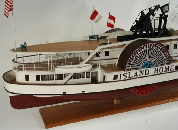 4067: 20th C. Model of the Paddle Steamer 'Island Home' - 4