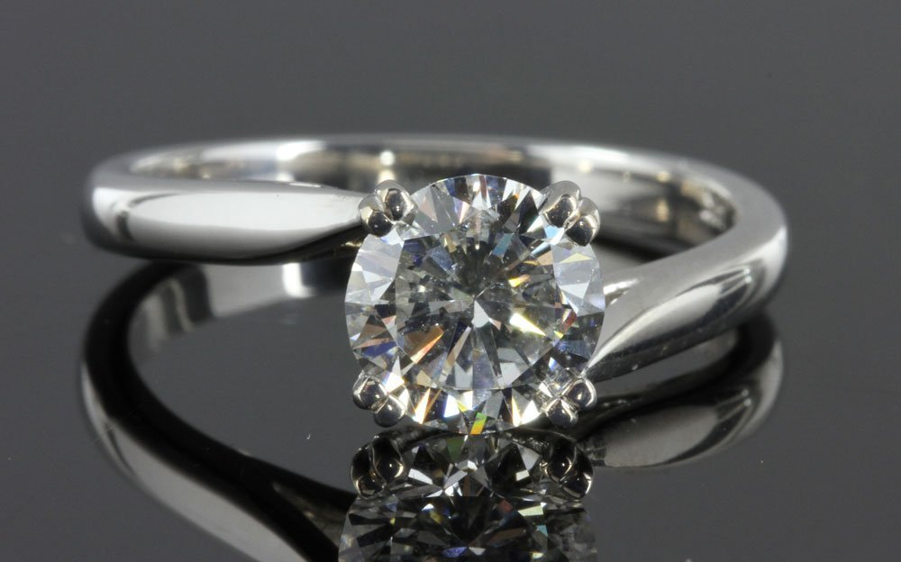 14K White Gold and Diamond Solitaire Ring - 2