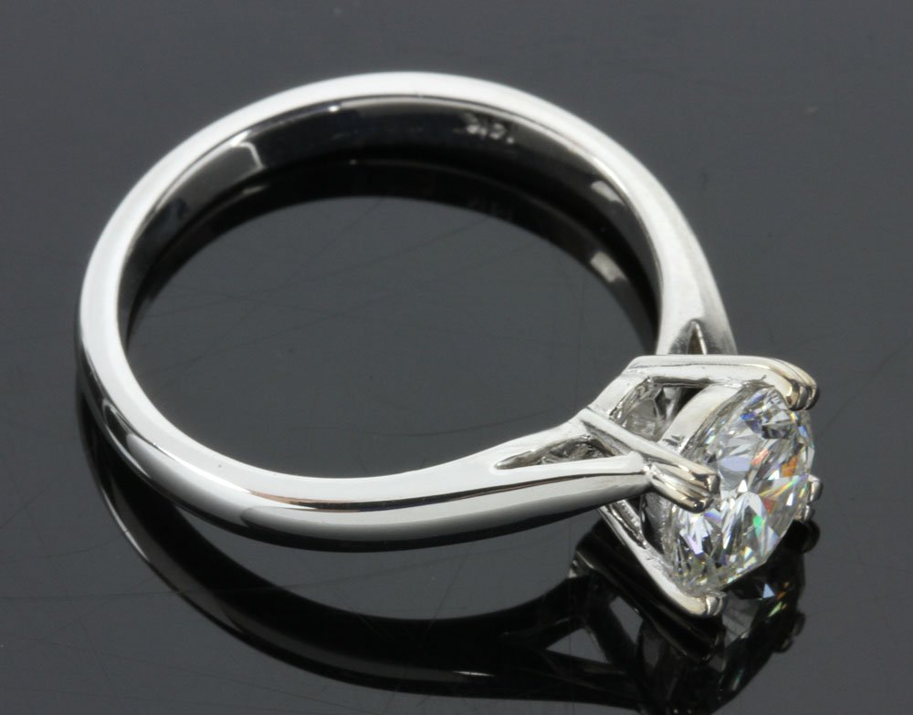 14K White Gold and Diamond Solitaire Ring - 3