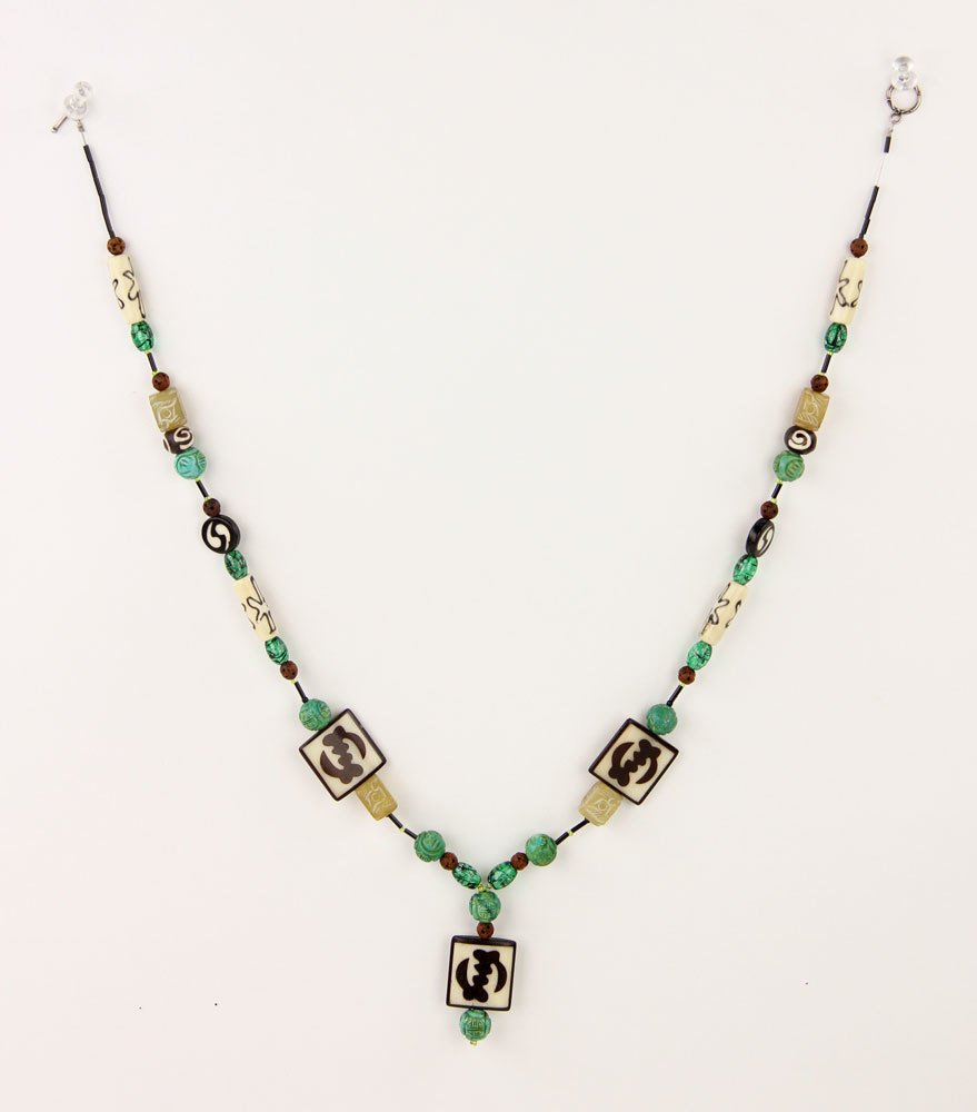 Green Stone Bead Necklace