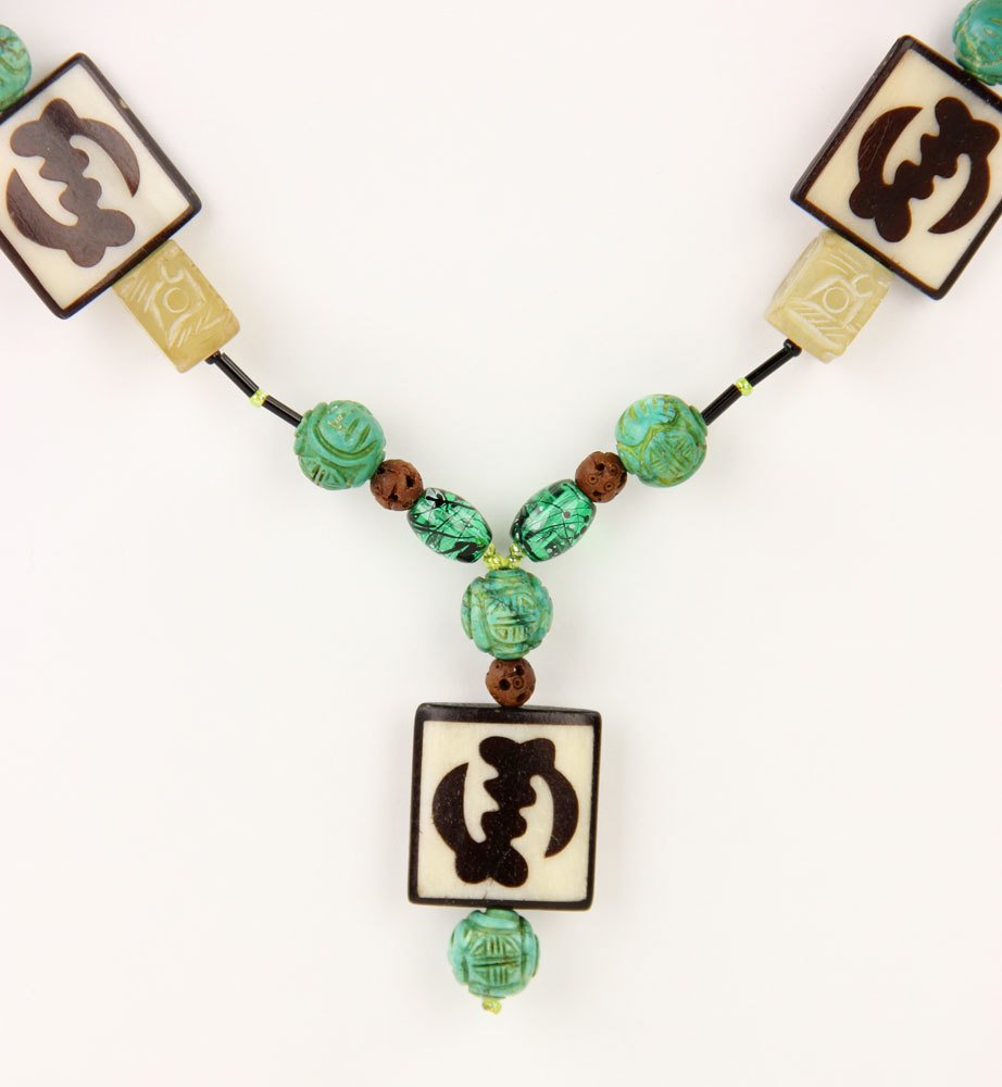 Green Stone Bead Necklace - 2