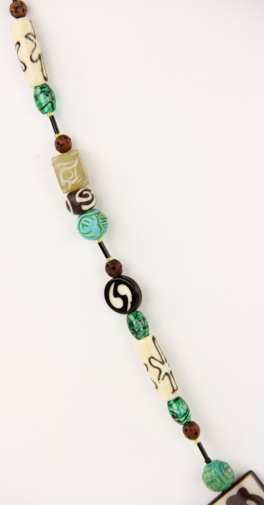 Green Stone Bead Necklace - 4