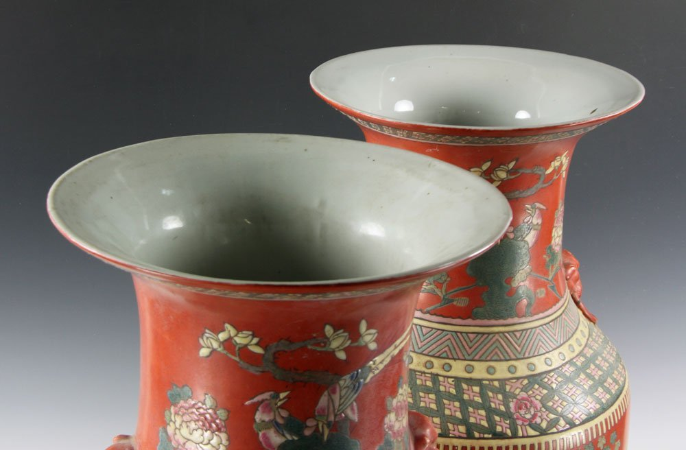 Two Chinese Vases - 3