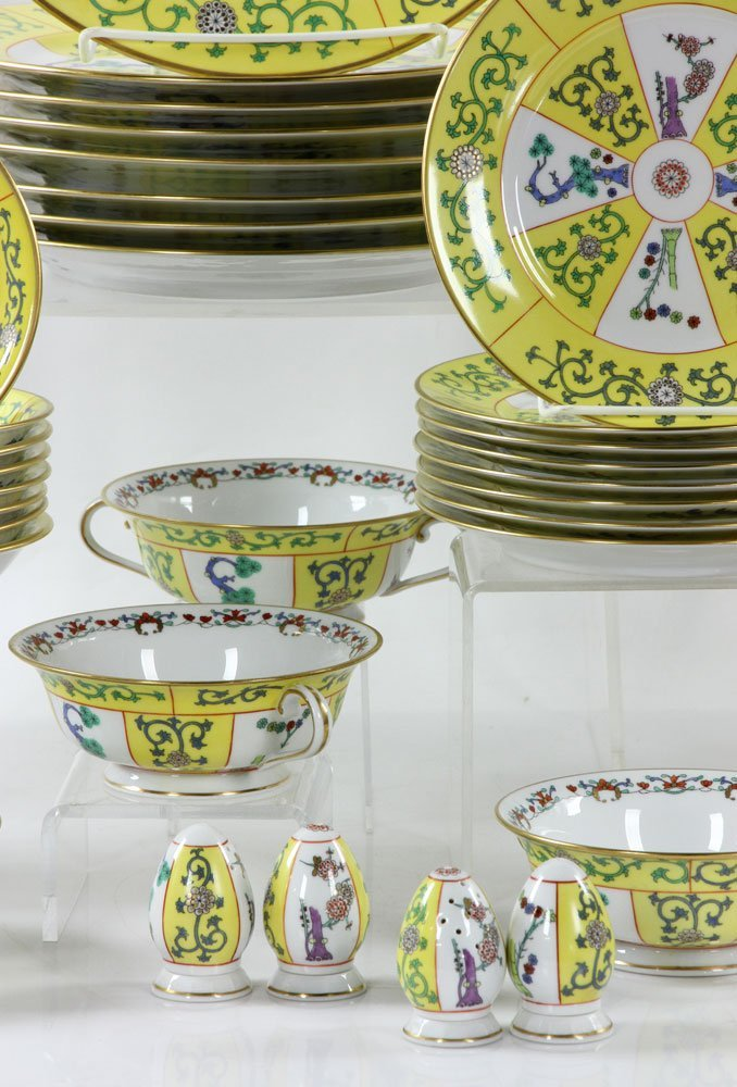 """Herend """"Yellow Dynasty"""" Dinner Service, 80 Pieces - 3"""