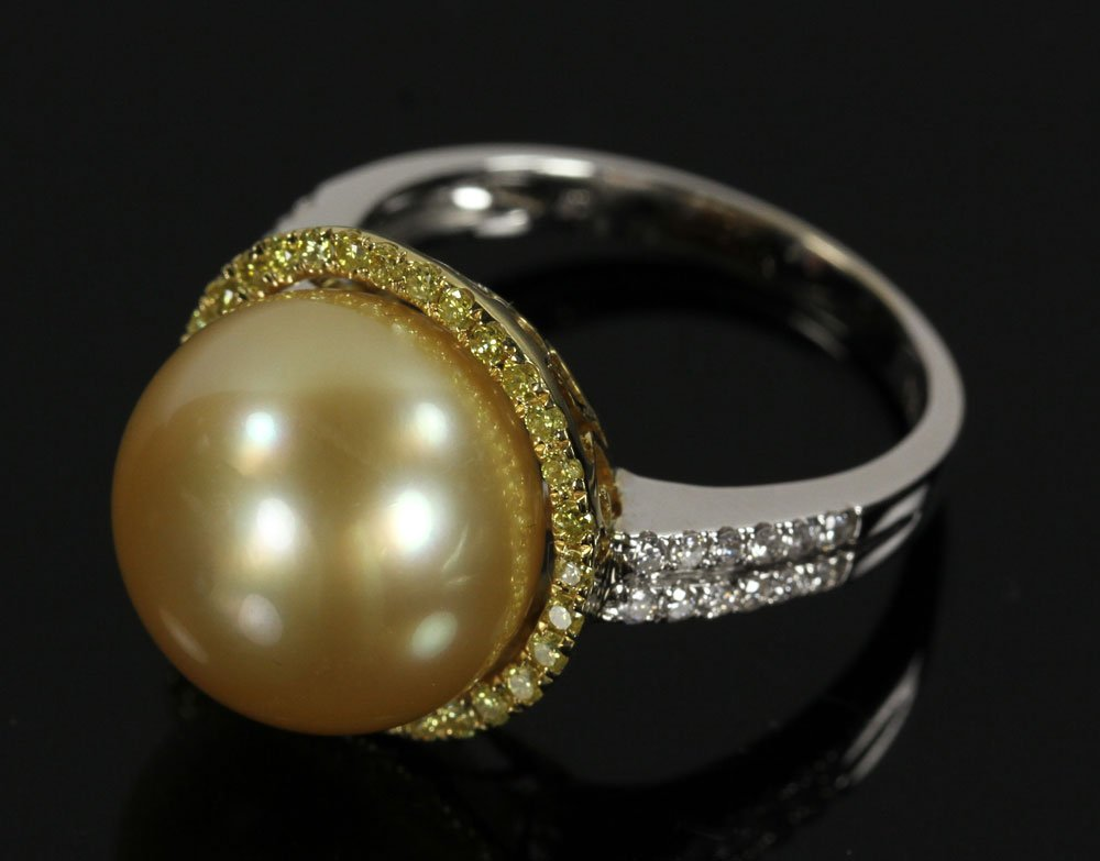 18K Gold, Diamond and South Sea Pearl Ring
