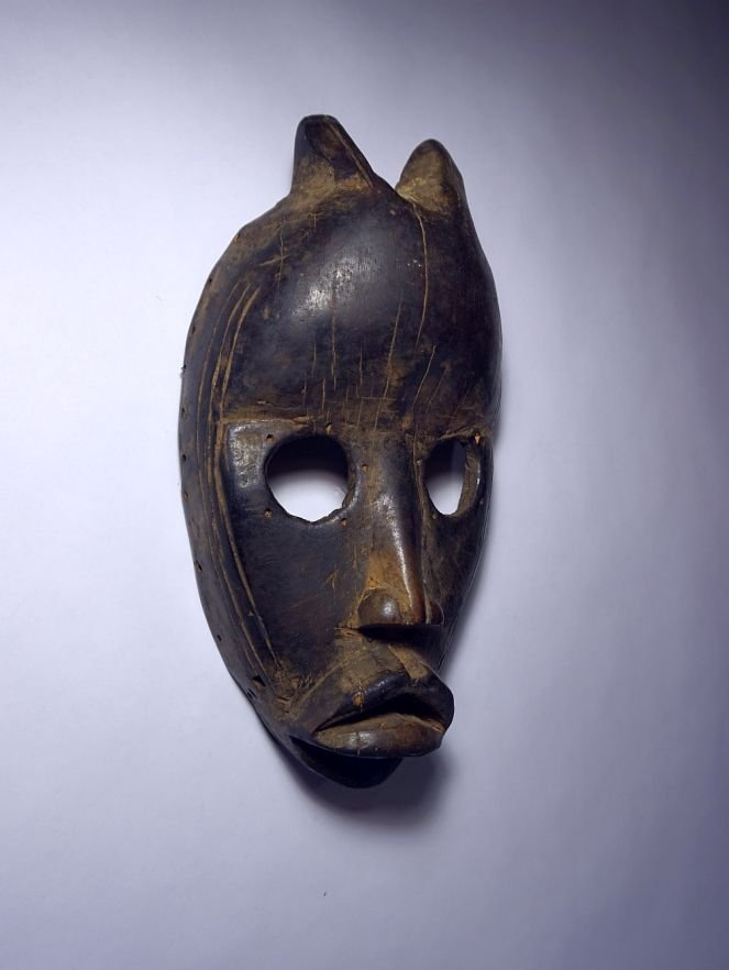 Old Dan African mask with horns, African Tribal Art