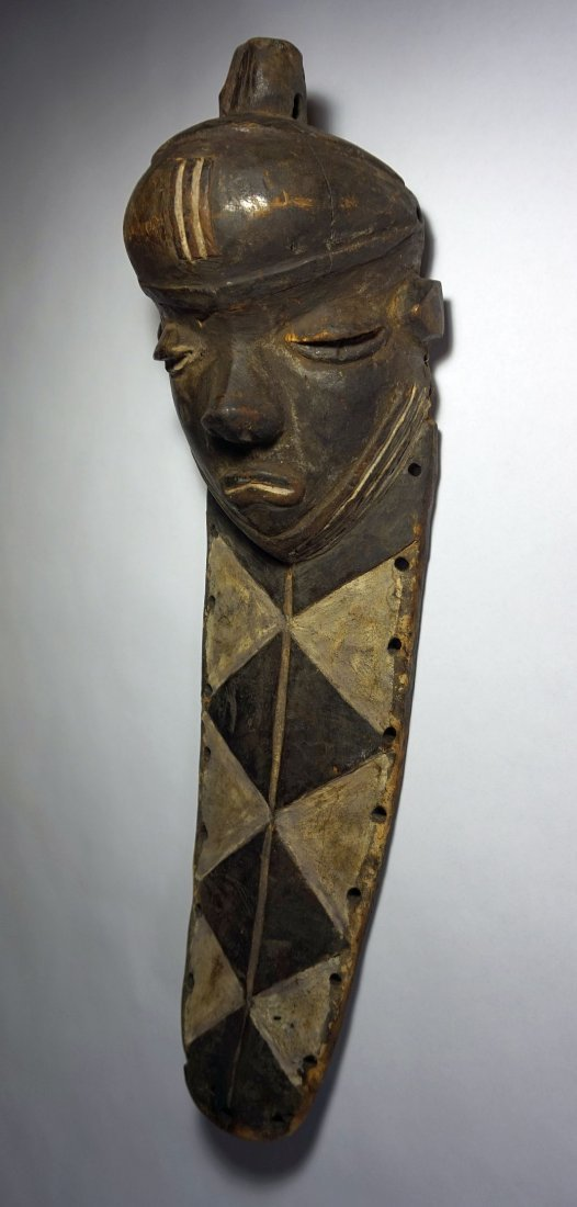 Rare Old Pende Muyombo African Mask