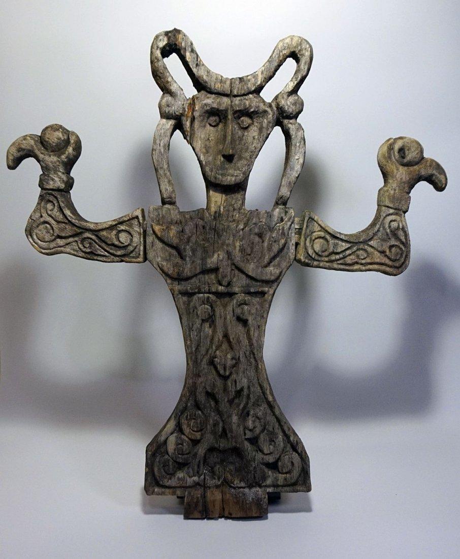 Rare old Tanimbar Tavu Shrine figure, Indonesian Tribal