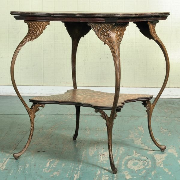 1010: Unusual C 1900 parlor table, solid tiger oak top