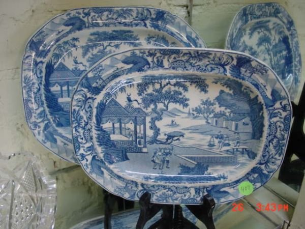 407: Two early 1800's Chinese export porcelain platters