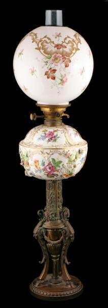 425: c. Late 1800's bronze and porcelain table lamp. Po